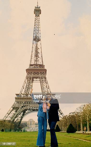 Les Humphries Dunja Rajter Paris/Frankreich Sänger Sängerin Eiffelturm Urlaub