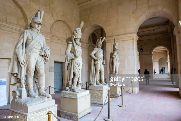 les invalides - paris - les invalides quarter stock pictures, royalty-free photos & images