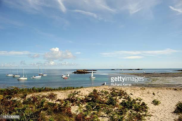les isles de glénan penfret anchorage - concarneau stock-fotos und bilder