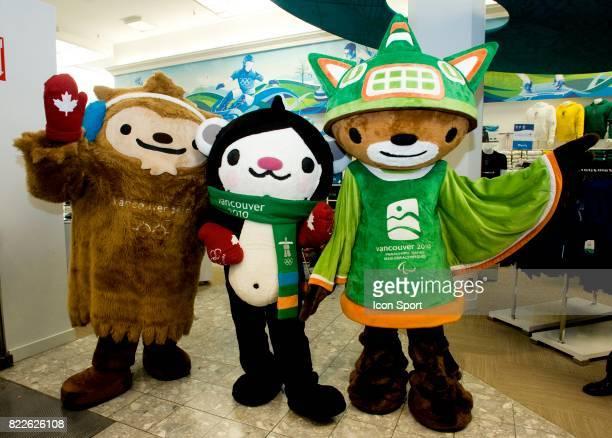 Les mascotes QUATCHI MIGA et SUMI Ouverture de l Olympic Superstore a Vancouver Jeaux Olympiques d Hiver de Vancouver 2010 Vancouver