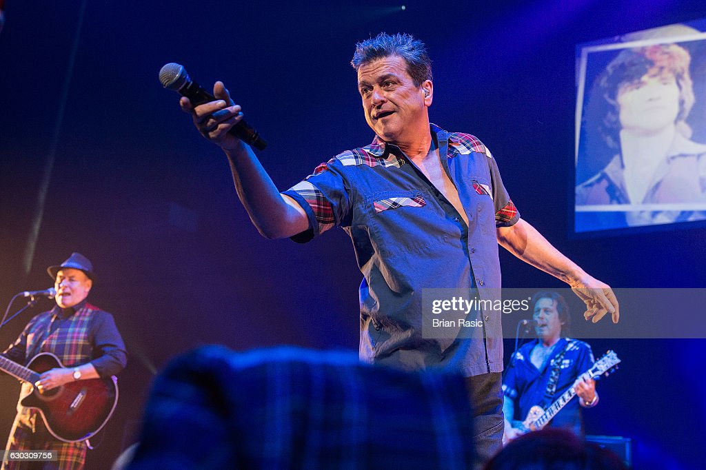 Les McKeown of The Bay City Rollers performs at Eventim Apollo on December 14, 2016 in London, England.