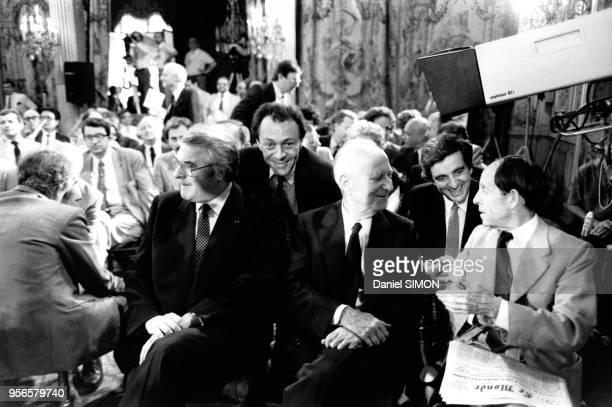Les membres du gouvernement assistant à la seconde conférence de presse du président de la république François Mitterrand: le premier ministre Pierre...