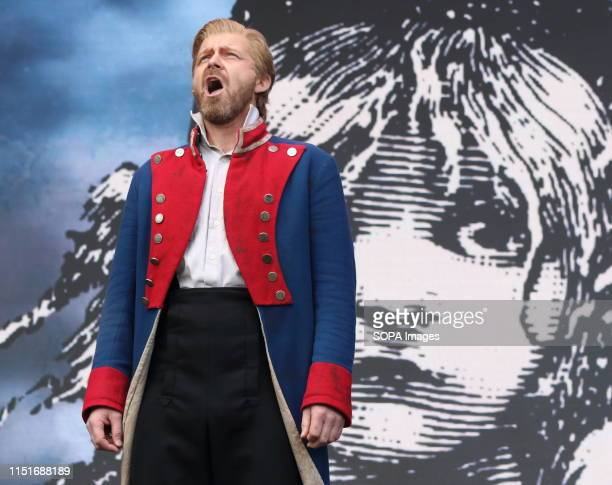 Les Miserables in the longest running musical in the west end having opened in 1985 Still as popular as ever the cast performed at West End LIVE The...