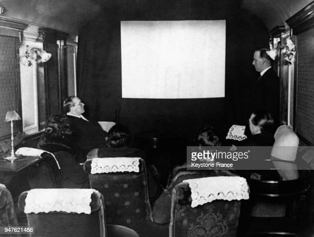 Les passagers d'un train britannique peuvent maintenant regarder un film pendant leur voyage au RoyaumeUni