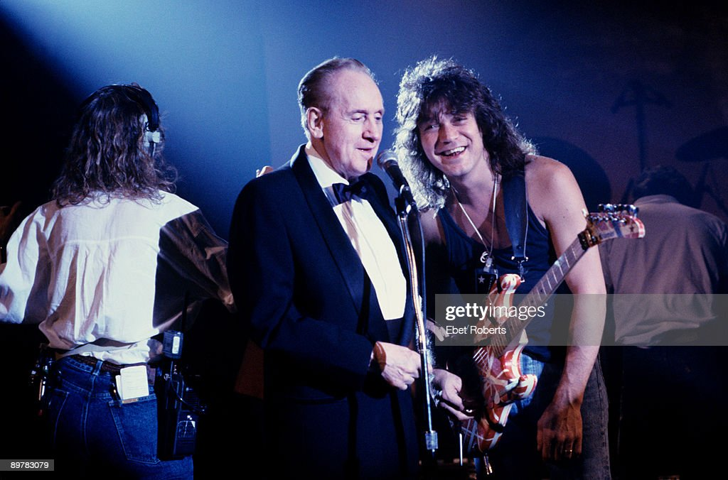Les Paul And Eddie Van Halen : News Photo