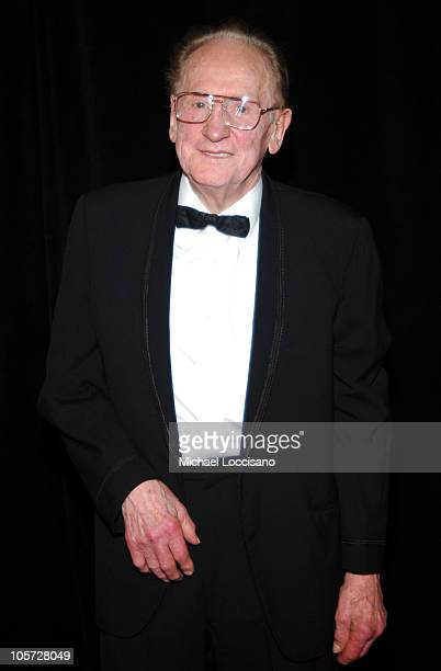 Les Paul during The 36th Annual Songwriters Hall of Fame Awards Induction at Marriott Marquis Hotel in New York City New York United States