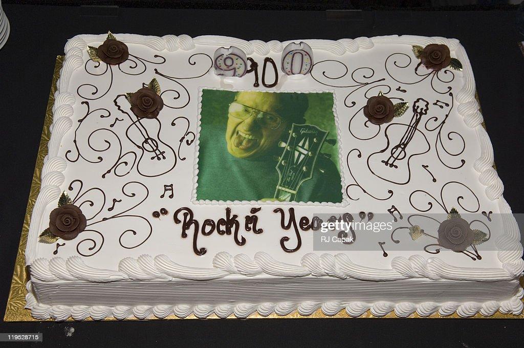 Les Paul 90th Birthday Salute News Photo