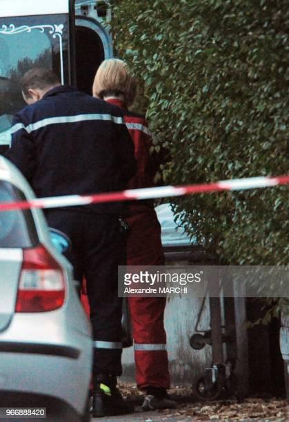 Les pompes funebres evacuent les depouilles des deux victimes JeanMarie Demange depute UMP de la 9e circonscription de la Moselle depuis 1986 et...