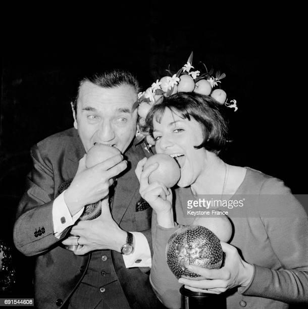 Les prix Orange de la télévision a été décerné à Roger Couderc et à AnneMarie Peysson à Paris France le 22 février 1965