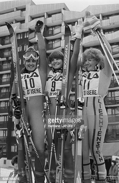 Les skieuses Tamara McKinney Erika Hess et Hanni Wenzel à Val d'Isère France en 1982