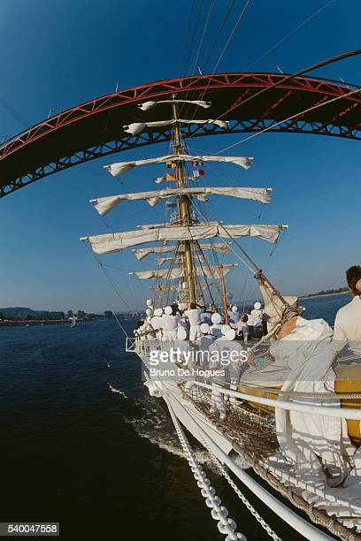 'Les Voiles de la Liberte' in 1989 is the first edition of International Tall Sailing Ship meeting created to celebrate the bicentenary of the French...