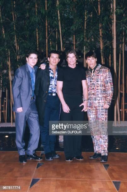 Les Worlds Apart boys band anglais le 28 février 1998 à Paris France