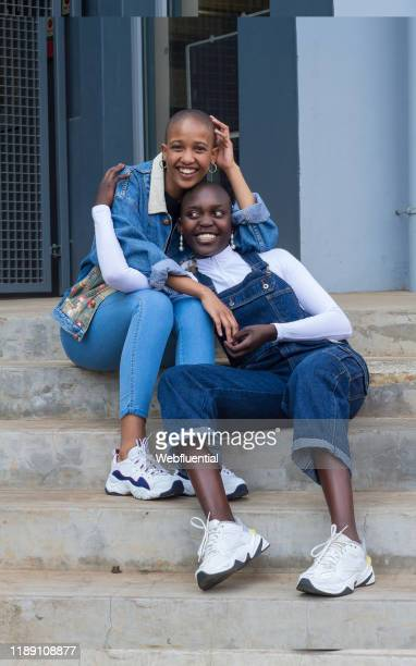 lesbian couple from south africa - webfluential stock pictures, royalty-free photos & images