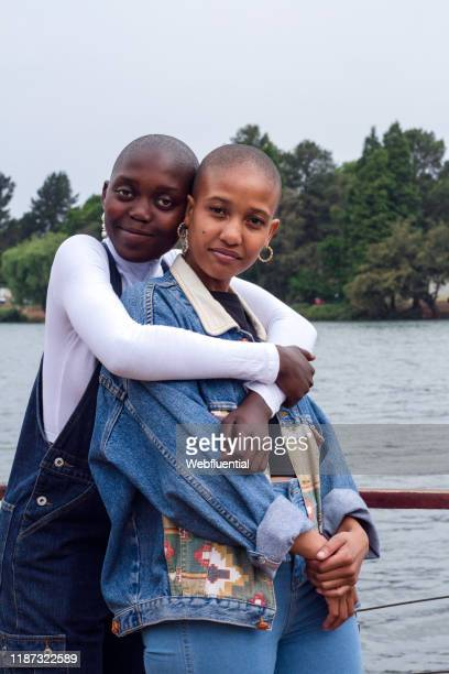 lesbian couple in south africa - webfluential stock pictures, royalty-free photos & images