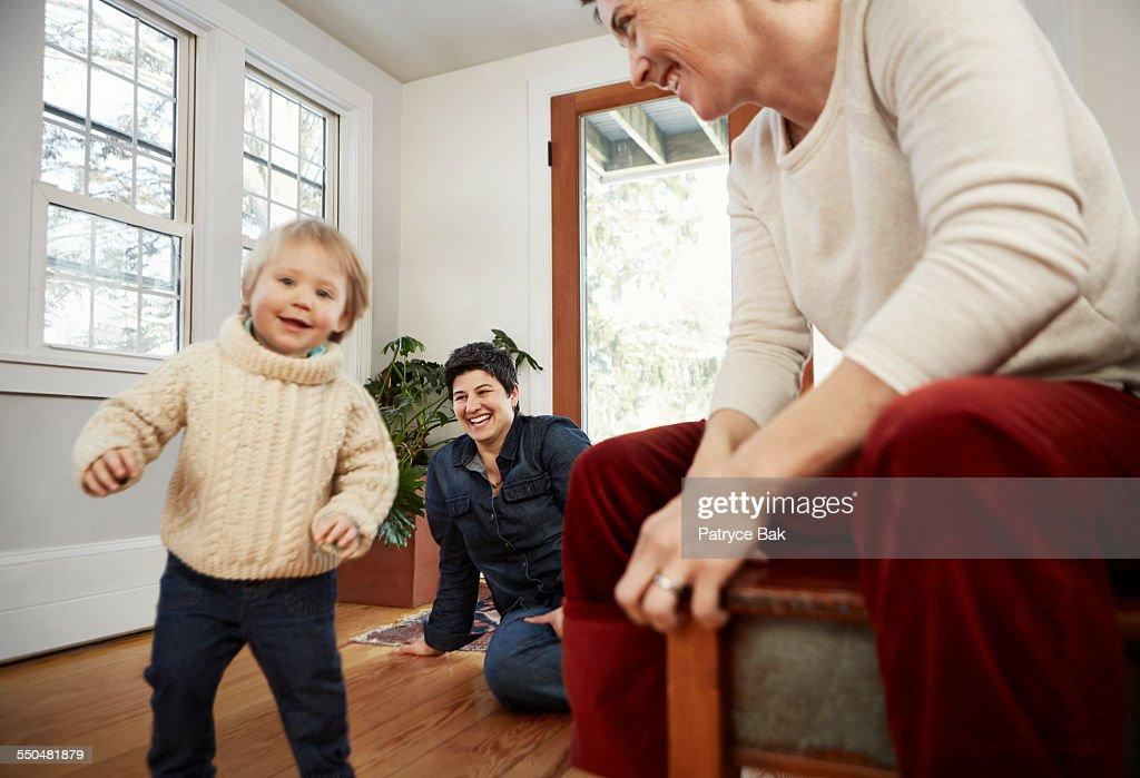 moeder dochter lesbian.com Asian neemt grote lul