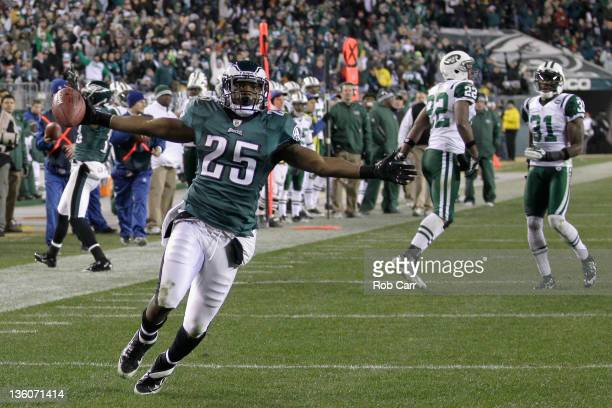 LeSean McCoy of the Philadelphia Eagles celebrates a second half rushing touchdown against the New York Jets at Lincoln Financial Field on December...
