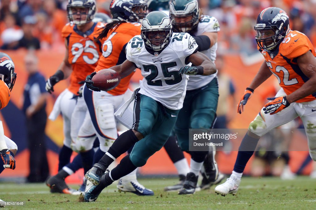 LeSean McCoy #25 of the Philadelphia Eagles runs the ball against the Denver Broncos at Sports Authority Field at Mile High on September 29, 2013 in Denver, Colorado.