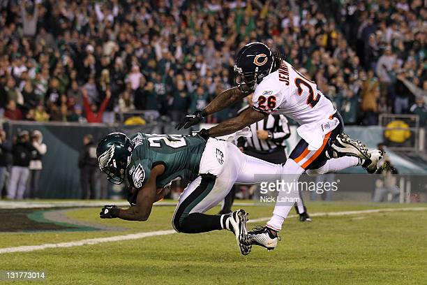 LeSean McCoy of the Philadelphia Eagles scores a touchdown against Tim Jennings of the Chicago Bears during the third quarter of the game at Lincoln...
