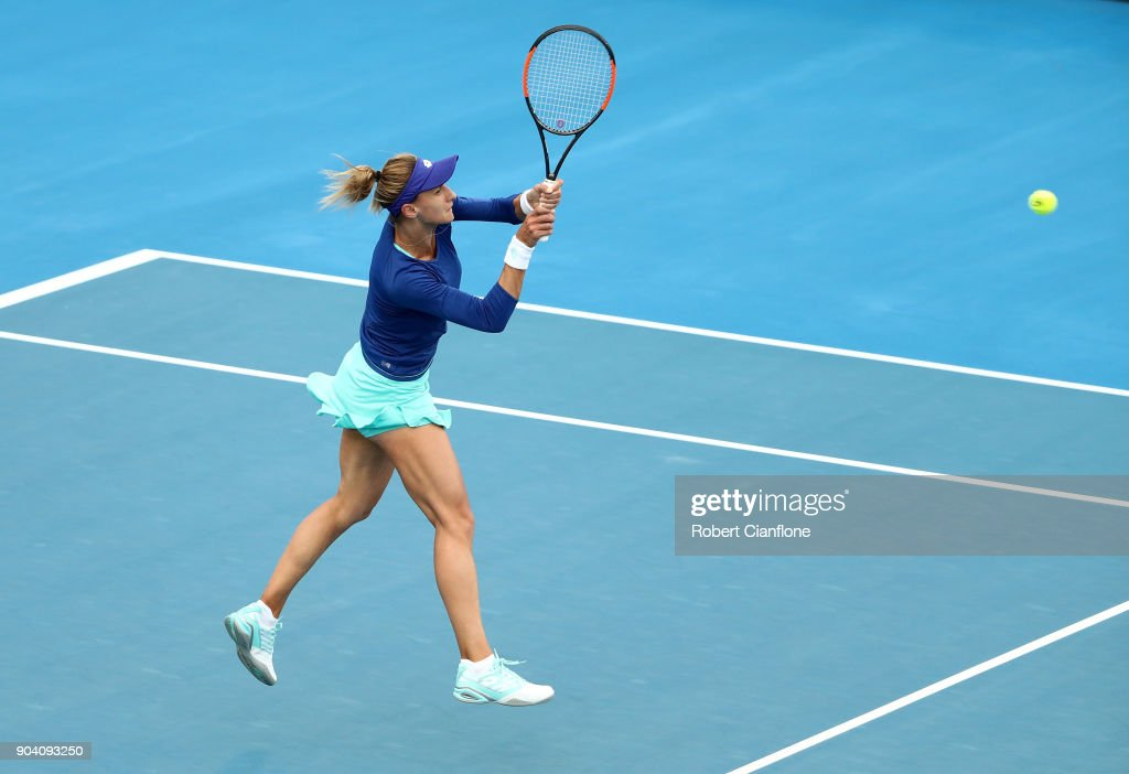 Lesia Tsurenko of the Ukraine plays a backhand during the semi finals singles match against Mihaela Buzarnescu of Romania during the 2018 Hobart International at Domain Tennis Centre on January 12, 2018 in Hobart, Australia.