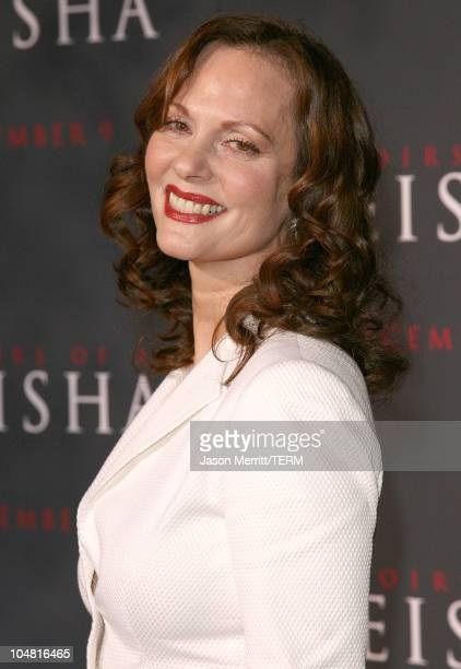 Lesley Ann Warren during 'Memoirs of a Geisha' Los Angeles Premiere Arrivals at Kodak Theatre in Hollywood California United States