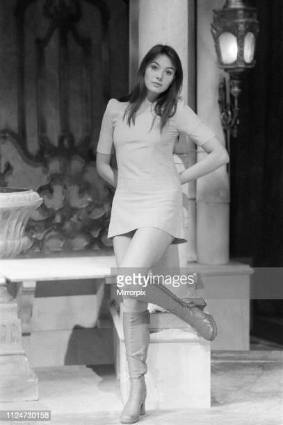 Lesley Anne Down, British actress aged 17 years old, pictured Wednesday 20th October 1971. Lesley is currently starring in Noel Coward's The...