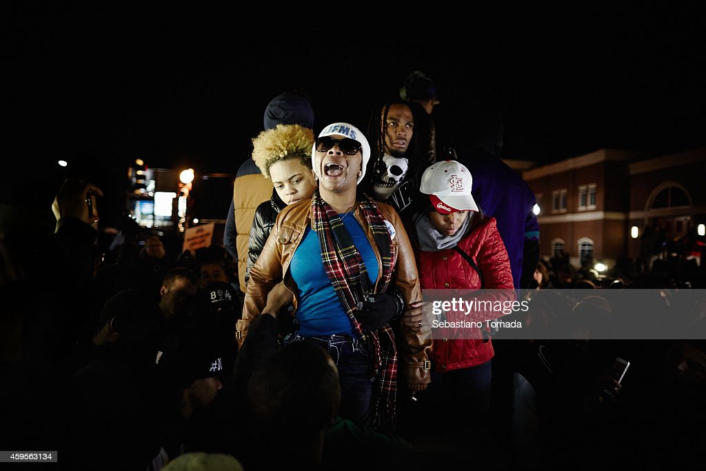 Protests Erupt in Ferguson Upon Grand Jury Announcement : News Photo