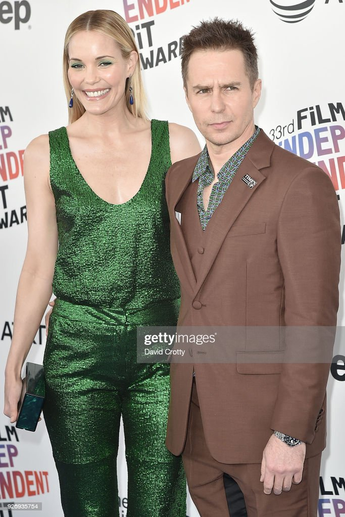 Leslie Bibb and Sam Rockwell attend the 2018 Film Independent Spirit Awards - Arrivals on March 3, 2018 in Santa Monica, California.