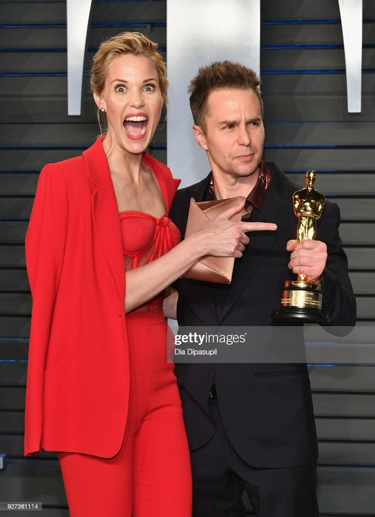 Leslie Bibb (L) and Sam Rockwell attend the 2018 Vanity Fair Oscar Party hosted by Radhika Jones at Wallis Annenberg Center for the Performing Arts on March 4, 2018 in Beverly Hills, California.