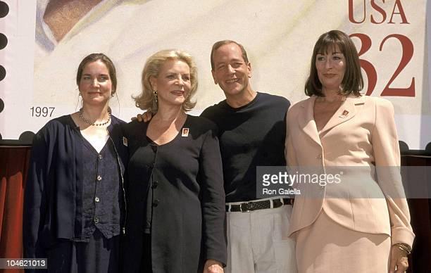 Leslie Bogart Lauren Bacall Stephen Bogart and Anjelica Huston
