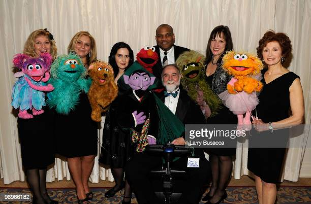 *EXCLUSIVE* Leslie CarraraRudolph Carmen Osbahr Stephanie D'Abruzzo Kevin Clash Jerry Nelson Pam Arciero and Fran Brill of Sesame Street attend the...