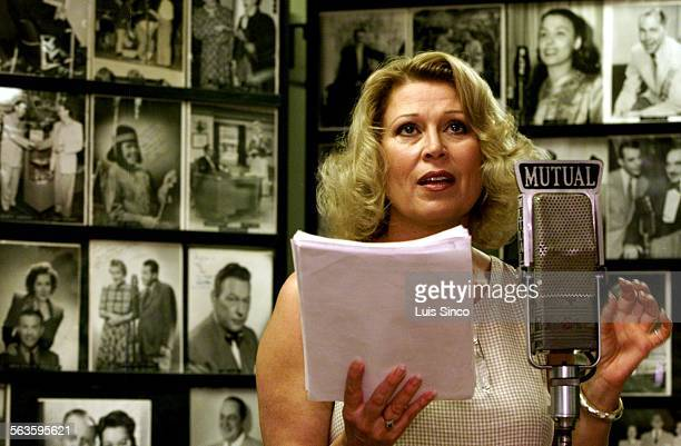"""Leslie Easterbrook rehearses California Artists Radio Theatre's musical production of """"Twinkle! Twinkle!"""" at Pioneer Broadcasters Club Room in..."""