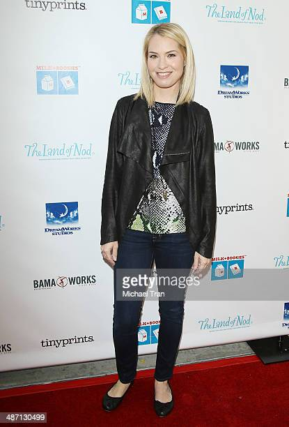 Leslie Grossman arrives at the Milk Bookies Story Time Celebration held at Skirball Cultural Center on April 27 2014 in Los Angeles California