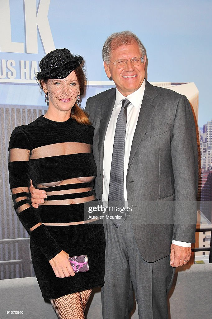 Leslie Harter Zemeckis and Robert Zemeckis attend the 'The Walk: Rever Plus Haut' Paris premiere at Cinema UGC Normandie on October 6, 2015 in Paris, France.