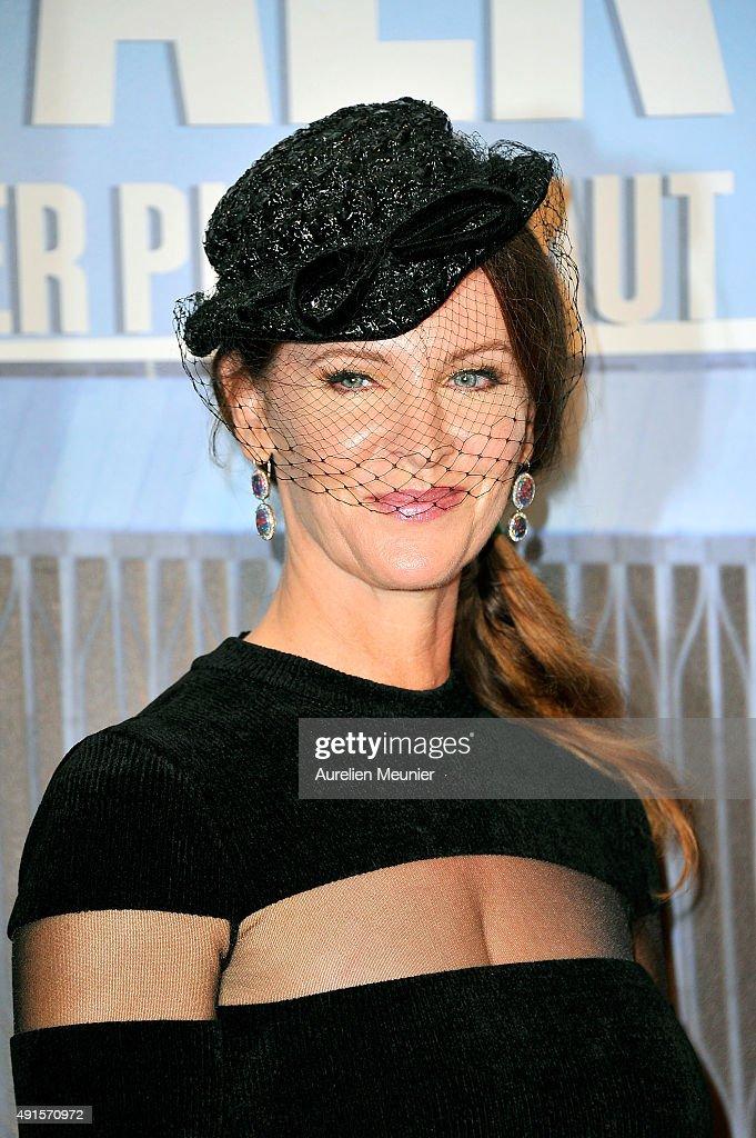 Leslie Harter Zemeckis attends the 'The Walk: Rever Plus Haut' Paris premiere at Cinema UGC Normandie on October 6, 2015 in Paris, France.
