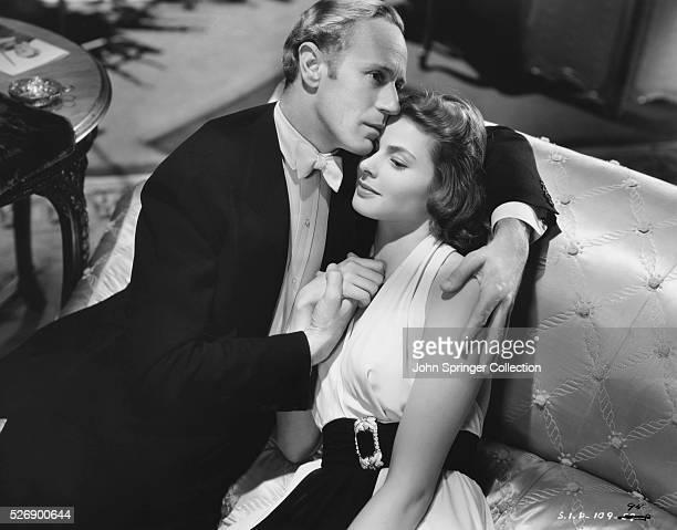 Leslie Howard as Holger Brandt and Ingrid Bergman as Anita Hoffman in the 1939 film Intermezzo.