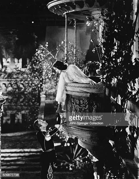 Leslie Howard as Romeo and Norma Shearer as Juliet in the 1936 film version of Shakespeare's Romeo and Juliet