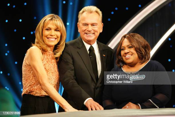 Leslie Jones, Chandra Wilson, and Tony Hawk Celebrity Wheel of Fortune takes a new spin on the iconic game show Wheel of Fortune with the primetime...