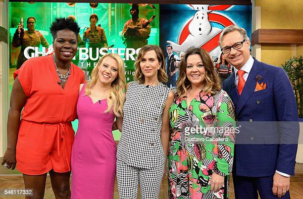 "Leslie Jones,Kate McKinnon,Kristen Wiig,Melissa McCarthy and Paul Feig is on the set of Univisions ""Despierta America"" to support the film..."