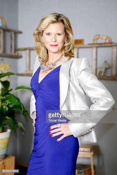 Leslie Malton during the set visit of the new RTL series 'Beste Schwestern' on August 1, 2017 in Huerth, Germany.