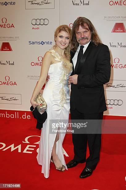 Leslie Mandoki Und Tochter Lara Beim 39.Deutschen Filmball Im Hotel Bayrischer Hof In München