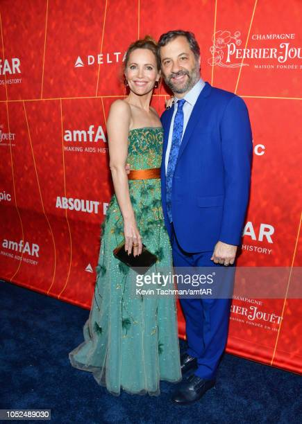 Leslie Mann and Judd Apatow attend the amfAR Gala Los Angeles 2018 at Wallis Annenberg Center for the Performing Arts on October 18 2018 in Beverly...