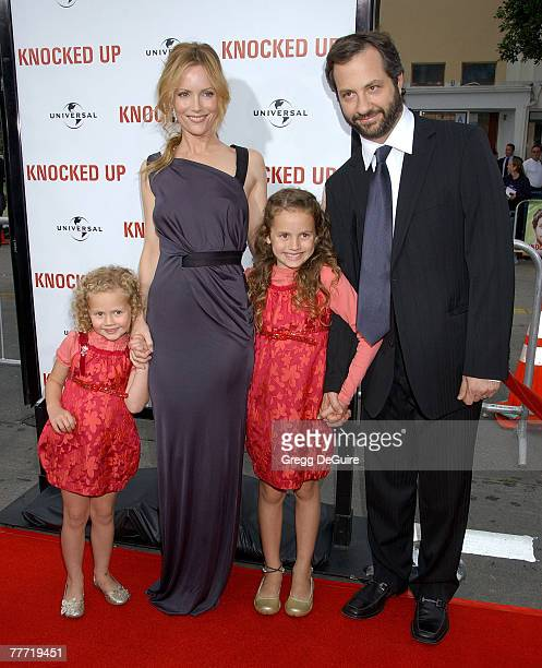 Leslie Mann and Judd Apatow writer/director/producer with children Maude Apatow and Iris Apatow