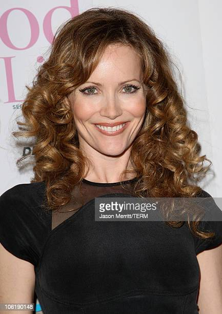Leslie Mann arrives to the 7th annual Hollywood Life Breakthrough of the Year Awards at the Music Box at the Fonda on December 9, 2007 in Hollywood,...