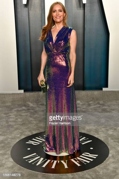 Leslie Mann attends the 2020 Vanity Fair Oscar Party hosted by Radhika Jones at Wallis Annenberg Center for the Performing Arts on February 09 2020...