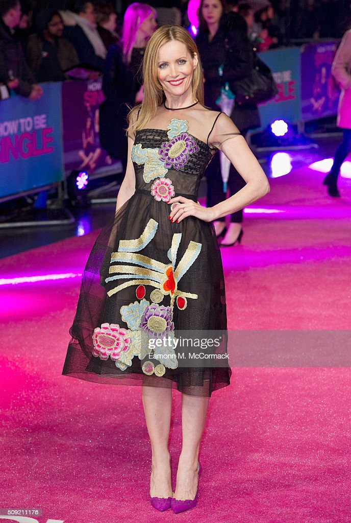 'How To Be Single' - European Premiere - Red Carpet Arrivals : News Photo