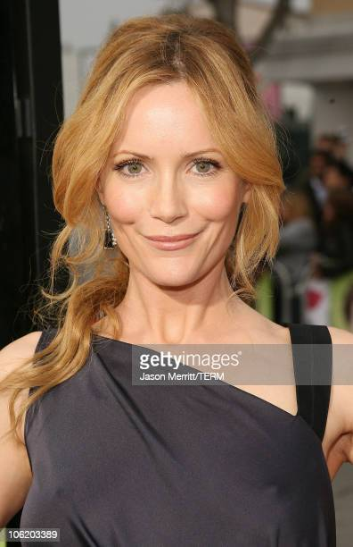 Leslie Mann during 'Knocked Up' Los Angeles Premiere Arrivals at Mann Village Theater in Westwood California United States