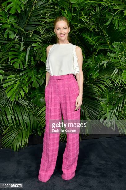 Leslie Mann, wearing CHANEL, attends CHANEL and Charles Finch Pre-Oscar Awards Dinner at Polo Lounge at The Beverly Hills Hotel on February 08, 2020...