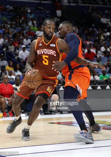 Leslie of Bivouac and Jason Maxiell of 3's Company during the BIG3 Playoffs at Smoothie King Center on August 25, 2019 in New Orleans, Louisiana.