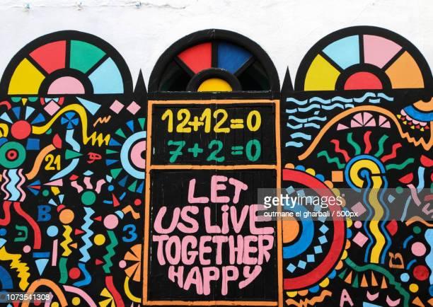 let us live toghether happy