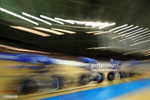 Letizia Paternoster Martina Alzini Elisa Balsamo and Vittoria Guazzini of Italy compete in the Women's Team Pursuit Finals on day two of the UCI...